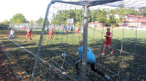 Hier konnte der Torwart von Post SV Detmold halten. Viermal musste er aber beim Spiel gegen unsere D1-Jugend hinter sich greifen