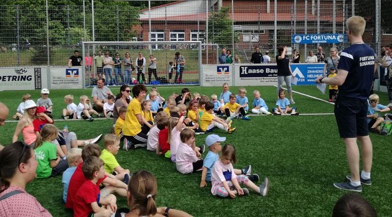 Großer Fortunen-Kindertag feiert den Fußball