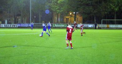 B-Jugend weiter ungeschlagen: 3:0 Heimsieg