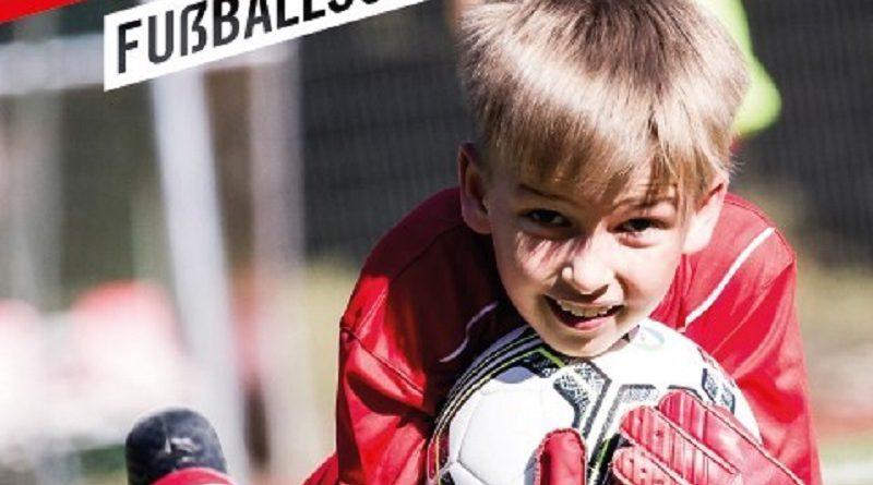 Fußballschule des 1. FC Köln in Schlangen: Wochenendcamp vom 26. bis 28. April – jetzt anmelden
