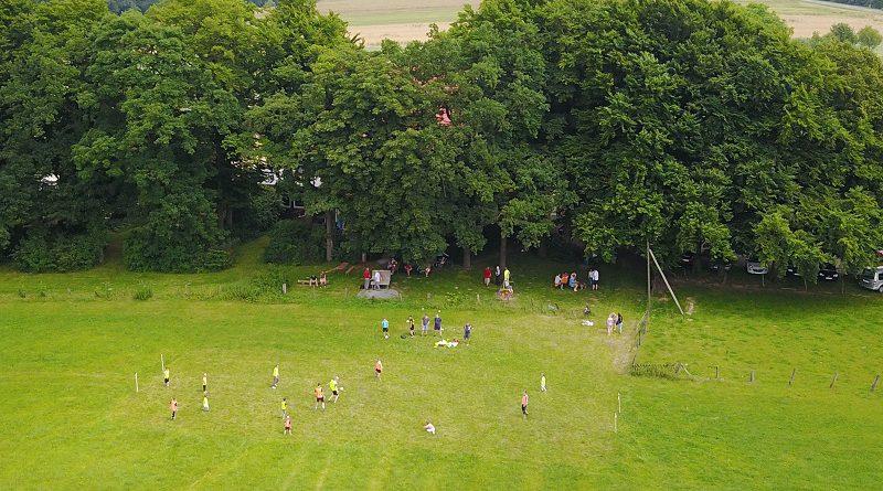 Fortuna Schlangen präsentiert 1. Schlänger Soccer Hiking und Wiesenfußball am Bauerkamp